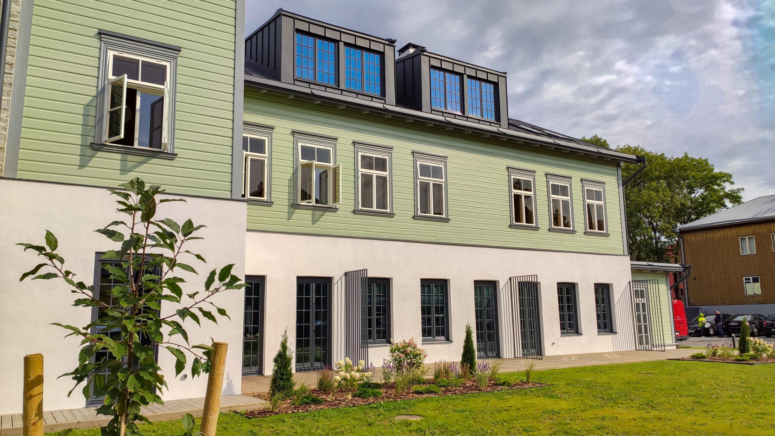 Jahu 5, Tallinn voodrilauad